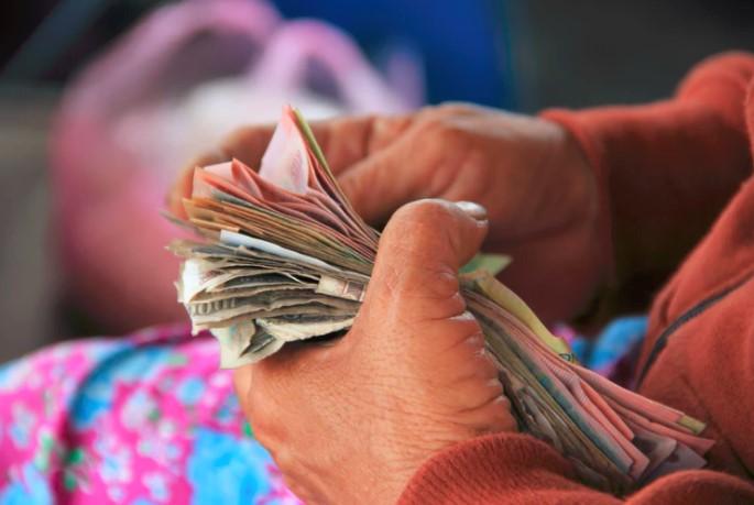 Stockton, California to provide Universal Basic Income to 100 citizens